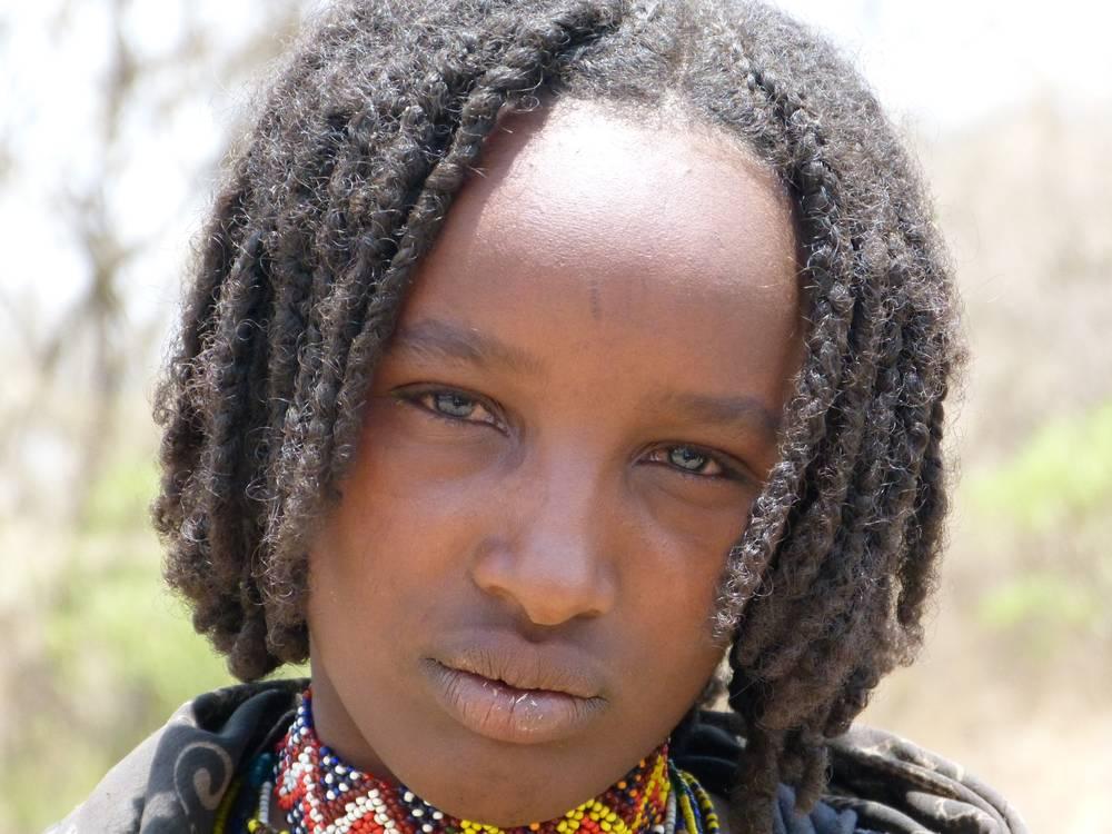 Jeune fille de la tribu Borana, Ethiopie