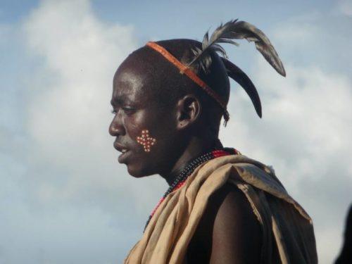 Homme de la tribu Karo, vallée de l'Omo, sud de l'Ethiopie